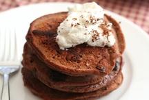 Low Carb Breakfast! / by DJ Foodie