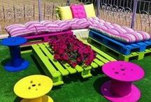 DIY PaletTs & Crates ProJects / DIY projects with pallets & crates  / by Jeanette De Coma-Gaines