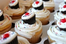 Cupcakes / by My American Market