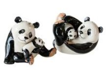 Salt & Pepper Shakers / by S A