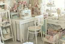 Craft / Sewing Room Inspiration / by Maria Leitao