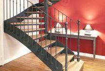Escalier Décoration Classique & Chic / Escaliers Décors® (www.ed-ei.fr) vous propose ici un cahier de tendances sur la décoration classique et chic pour que votre escalier s'harmonise avec votre intérieur, votre mobilier, vos goûts, votre personnalité. Vous aimez les objets qui ont une histoire, une patine, un esprit. Vous souhaitez valoriser l'histoire de votre maison ou appartement. Ici nous mettons en valeur les matières naturelles comme l'acier, le fer, le bois, les finitions patinées. Avec Escaliers Décors®, imaginez le vôtre ! / by ESCALIERS DÉCORS® www.ed-ei.fr