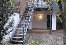 Escalier Extérieur Décoration Outdoor pour Jardin, Terrasse ou Balcon / Escaliers Décors® (www.ed-ei.fr) vous propose ici un cahier de tendances sur la décoration extérieure - outdoor, pour que le design de votre escalier s'harmonise avec vos goûts esthétiques, votre personnalité. Imaginez votre escalier extérieur avec Escaliers Décors® et sur ce tableau vous trouverez peut-être des idées de décoration outdoor pour l'aménagement de votre jardin, terrasse ou patio. / by ESCALIERS DÉCORS® www.ed-ei.fr