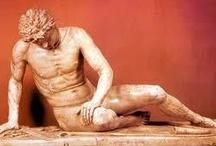 ESCULTURAS / Desde tiempos remotos el hombre ha tenido la necesidad de esculpir. Al principio lo hizo con los materiales más simples y que tenía más a mano: piedra, arcilla y madera. Después empleó hierro, bronce, plomo, cera, yeso, plastilina, resina de poliéster y plásticos con refuerzo de fibra de vidrio, hormigón, la cinética y la reflexión de la luz, entre otros. La escultura tuvo en su principio una única función, su uso inmediato; / by Juana Martín