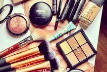 Makeup ❤ / by Ariana Herrera