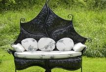 益 Sєɗʊcтιѵє  Sєaтs 益 / Garden seats. See also 'Sitting areas' / by ✿⊱ ᎷᎯᏒᎥᏖᏕᎯ'Ꮥ ᎶᎯᏒᎠᎬN ⊰✿