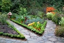 ❥ Sτʀoʟʟs and Sτeþs ❥ / Paths and steps in Garden.  See also 'Garden Floor', 'Stunning Stone' and 'Pebble Mosaics' / by ✿⊱ ᎷᎯᏒᎥᏖᏕᎯ'Ꮥ ᎶᎯᏒᎠᎬN ⊰✿