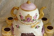 Tea Cups and Tea Pot Cakes / by Alice Bradway
