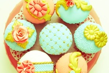 Cupcakes / by Darlene - Make Fabulous Cakes