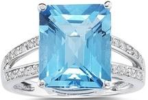 Big Bold Gemstones / by Szul Jewelry