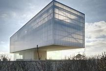 MODERN ACHITECTURE / by Ramon Castell