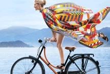 Vestidos / Ir en bicicleta con un vestido, por que no? / by Labiciurbana