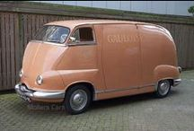 Vintage campers/trailers/motorhomes / by christine stefani