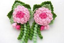 flores de manualidades / flores hechas a mano / by Josefina