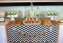 Baby Shower Cakes & Decorations / by Debbie Smith Ledford