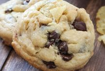 Cookie Jar / by Rochelle Hyde