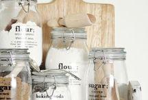 Food & kitchen / by kimberly Jewel