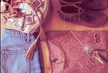 Fashion / by Daniela Montoya
