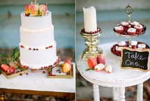 Wedding Cakes / Unique, decorative, gorgeous wedding cakes! / by Love & Lavender