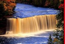 Waterfalls / by Linda Tufts