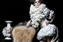 COSTUME / by Pilar Blasco