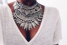 JEWELERY / An assortment of fashion complementsrings: beautiful bracelets, cool earrings, modern pendants, boho style necklaces and watches to be used daily. / by Pilar Blasco