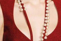 vestidos vermelhos / by Sanvescovic