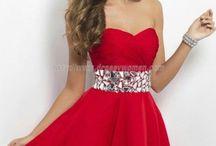 Dresses / All my favorite dresses  / by Michelle Van Der Merwe