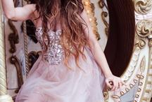 Princesses, Queens, Royalty / by Alyssa Allen