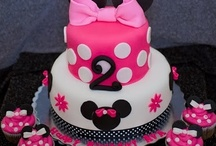 Birthday Cakes/Cupcakes / by Jessica Hager