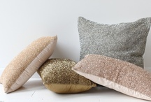 PILLOWS / by Amanda ENVOGUE