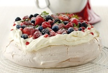 Are you a Pav-Lover? / Meringue, cream, fresh fruit and berries...What's not to love about this Aussie favourite? / by KitchenAid Australia/New Zealand