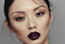 Make up / by Zoë Palhares