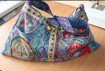 BAGS - BOLSAS / Bolsas, bolsinhas, carteiras, saquinhos... / by Helen Priedols