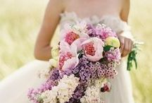 W e d d i n g s / Weddings: flowers...dresses... ceremony... reception... table settings ... cakes... drinks...gifts & such. Hope you enjoy visiting this board. Happy pinning. xx / by Lally Pegorini