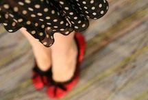 Retro|Vintage Fashion / by Raeanna Wynn