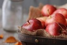 Food - Apple / by Daisy Rose