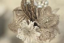 Beads and jewellrymaking / by Maria Moréteau