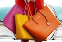 Handbags, luv Purses / by Jeanie Melnychuk