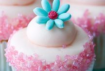 CupCakes / by Shelley