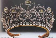 Adornments of Pomp & Grandeur / by Fabio T