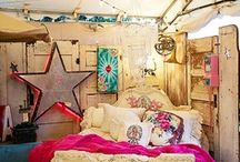 interiiior / Born and raised on HGTV, dreaming up new design and space ideas is a fave hobby. / by Bri Thomas