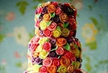 Showstopping Cakes / by Kitchen Goddess