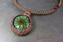 Jewelry: Beading (TO SORT) / by Angie Musick-Goldberger