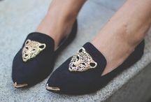 zapatos• shoes° / by María Virginia Greco