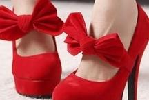Shoes & Bags / by Taylor Venezio