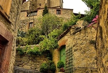 castles and cottages / Things I Love / by Jai Rose