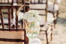 Mason Jar Weddings / Ideas on how to use mason jars in weddings / by Mason Jar Crafts {love!}