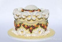 ๑¸ ܣ  Royal Icing Cakes & Caketoppers / by OpErikA╠♥╣