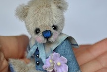 Teddy Bears & Other Mohairs / Furry friends of all kinds / by Anna Made